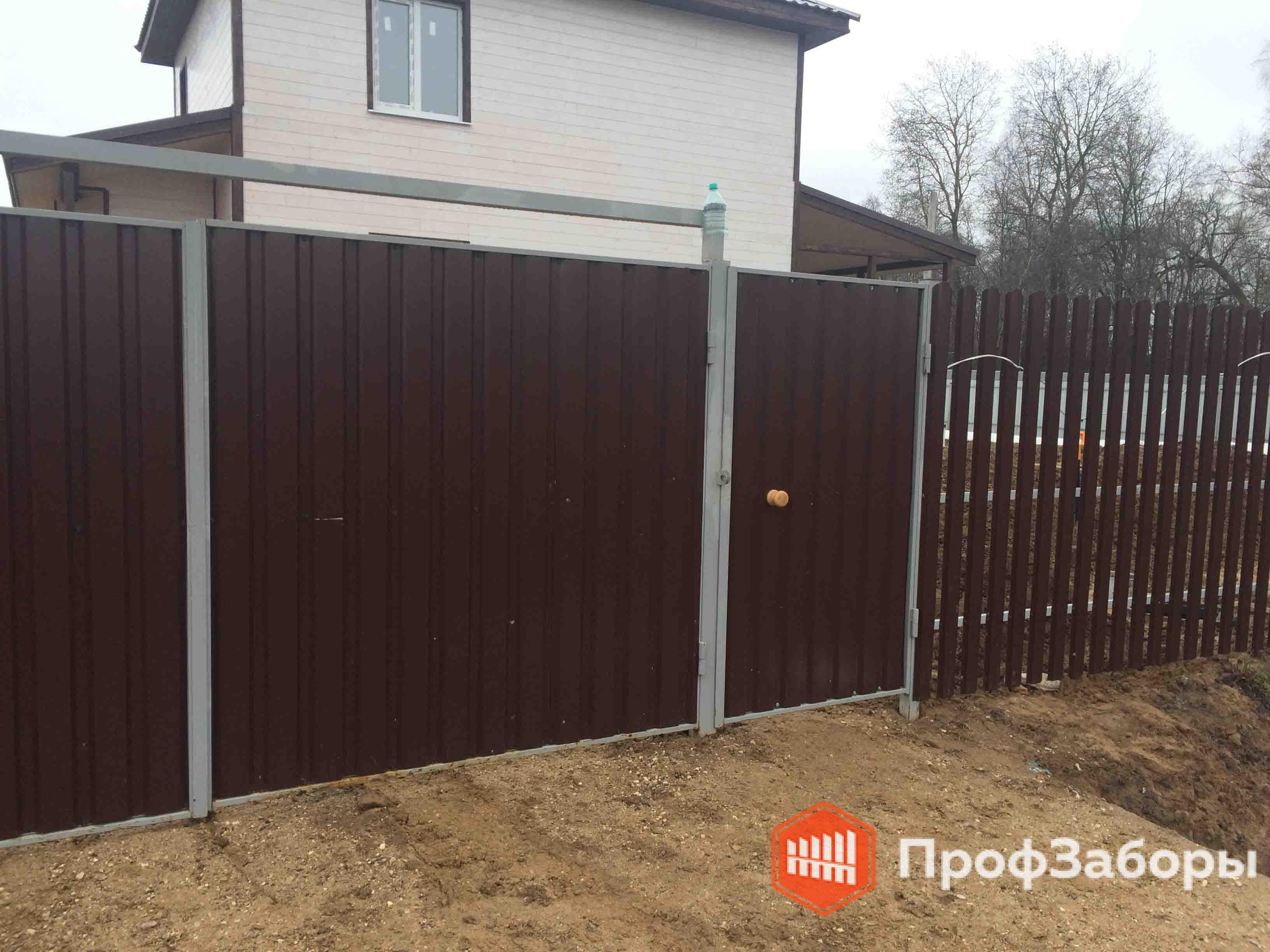 Комбинированный забор - профнастил и евроштакетник