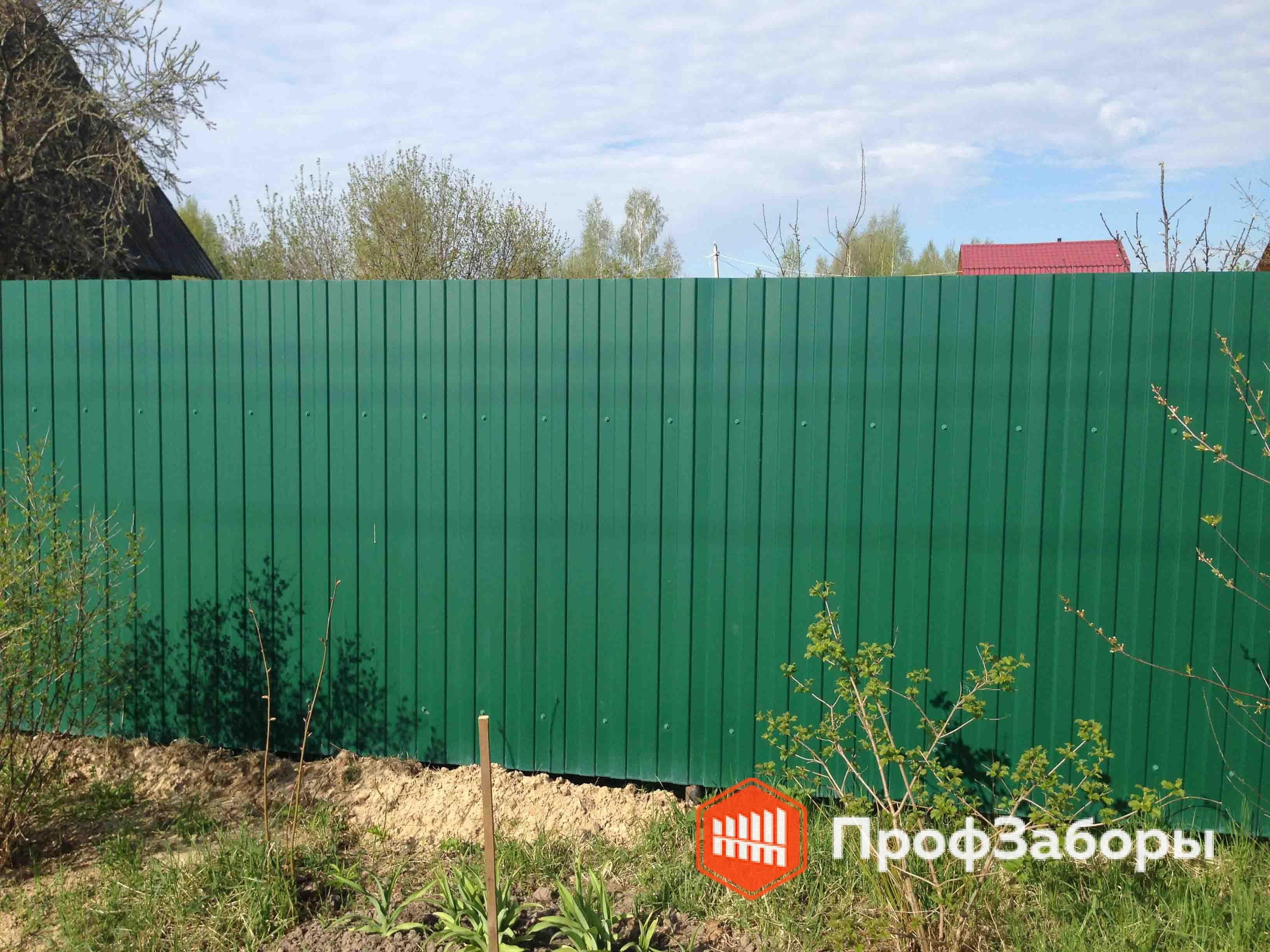 Заборы Из профнастила  - Деревня Александрово. Фото 3